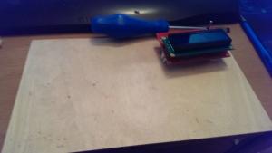 Hier soll später der Transistortester eingebaut werden (Später, da ich kmomentan keine Laubsäge da habe)